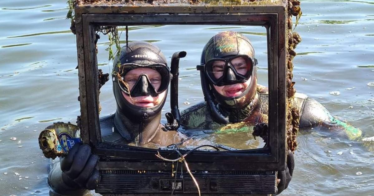 River Cleanup Lietuva: pasaulį suvienijusi upių valymo akcija (VIDEO su gestų kalba)
