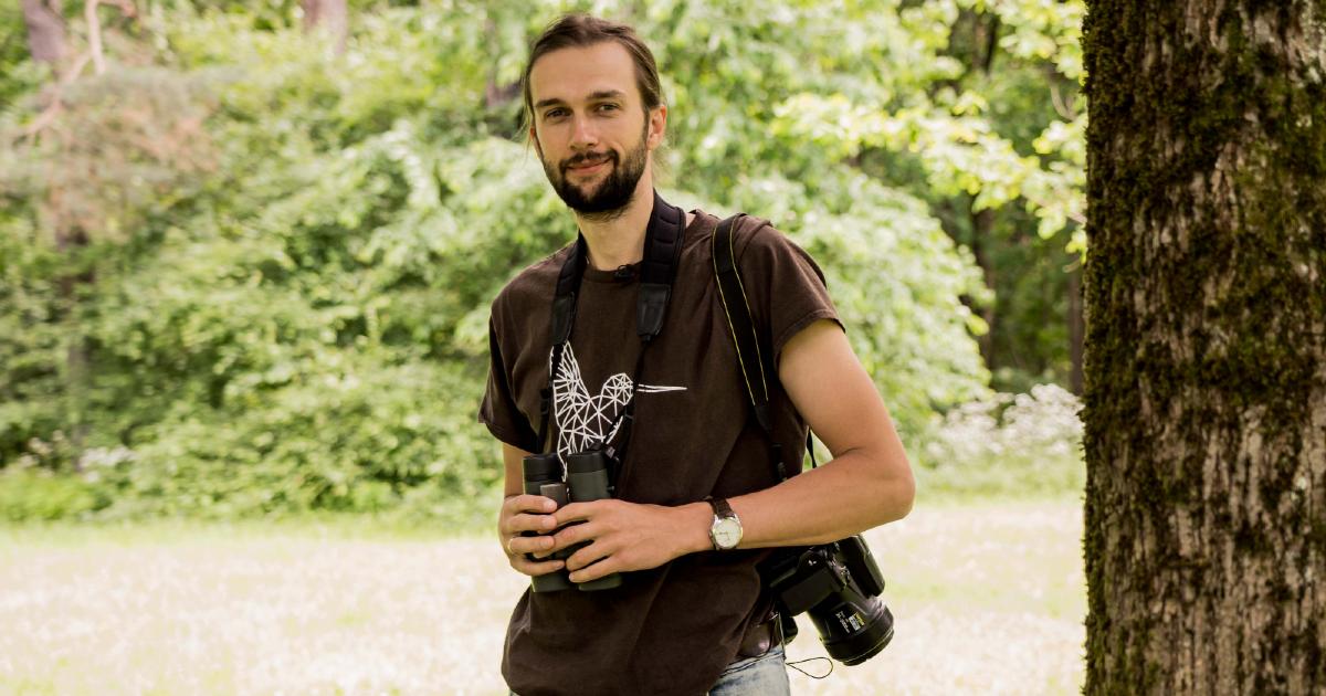 Ornitologas G. Petkus: balandžiai atskiria tapybos stilius, o varnos įsimena žmonių eiseną (VIDEO su gestų kalba)